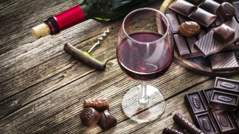 Moderate wine, cheese and coffee consumption linked to reduced heart health risk.