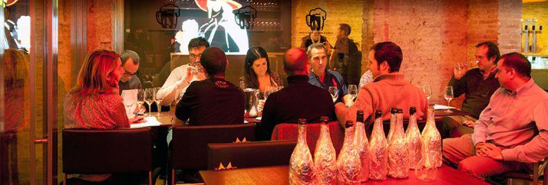 Cata a ciegas en Bar à Vins