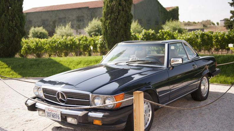 Exclusivo descapotable Mercedes de 256 CV que adquirió Jean Leon en 1972 y que conducía en Beverly Hills