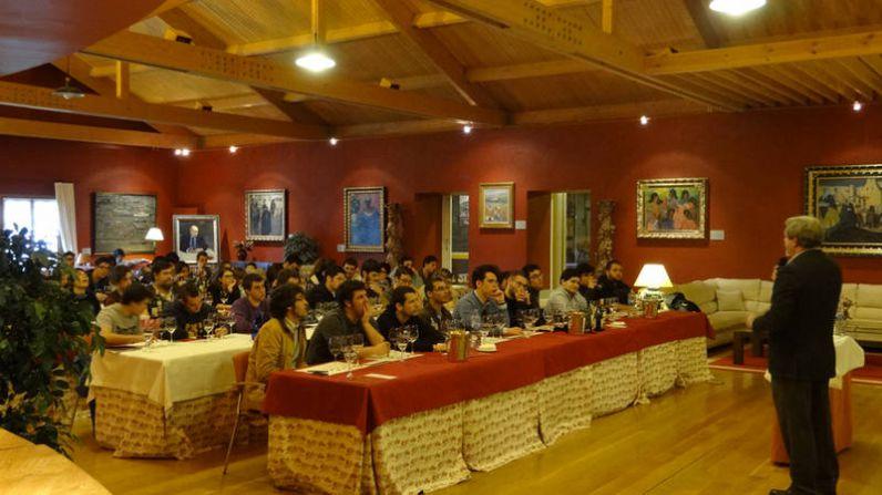La primera promoción del Basque Culinary Center descubre La Rioja Alta, S.A.