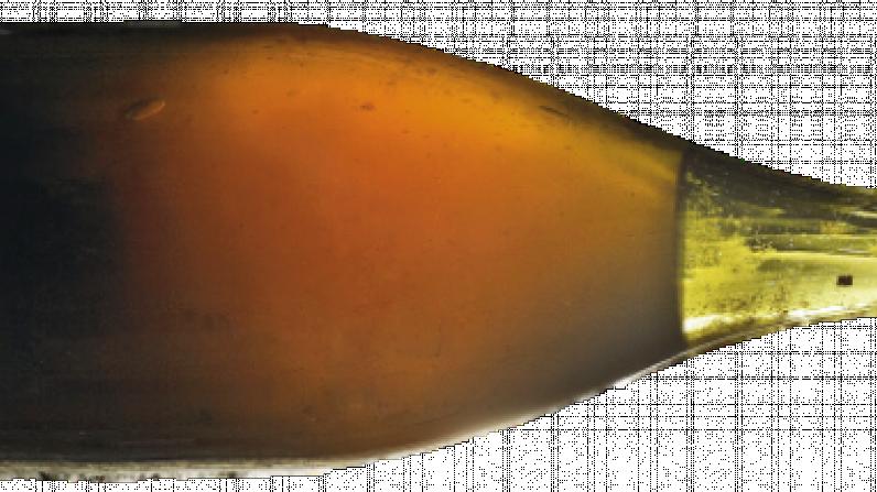 """Tres botellas de """"vino amarillo"""" de 1774 van a ser subastadas."""