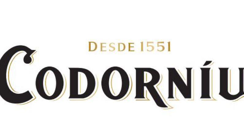 Raventós Codorníu donará medio millón de copas de cava para apoyar a bares y restaurantes.