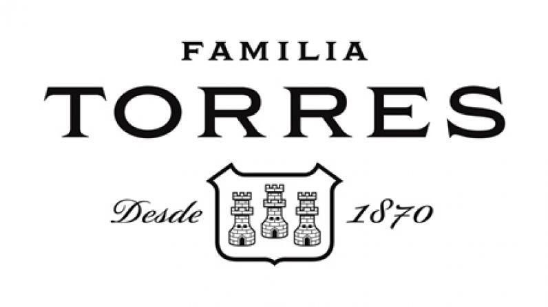 Familia Torres, la marca de vinos más admirada del mundo según los expertos.