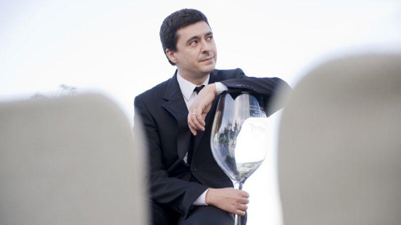 """Sergi Figueras: """"Un sumiller es un transmisor de lo que hace el enólogo al cliente"""""""
