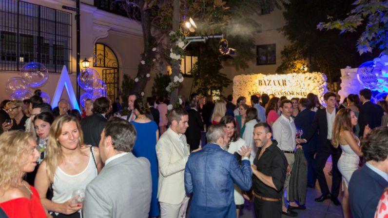 Anna de Codorníu le da la bienvenida al verano con una exclusiva fiesta en Madrid.