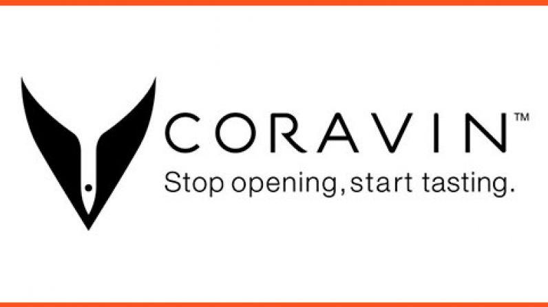 Coravin lanza Pivot, su sistema de preservación de vino más asequible.